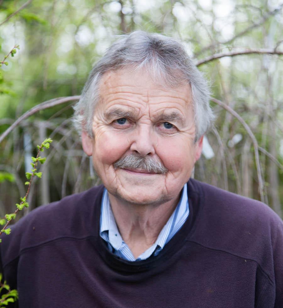 Brian Minter, Canadian gardening expert